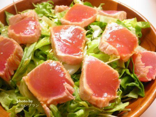 マグロのたたきサラダ
