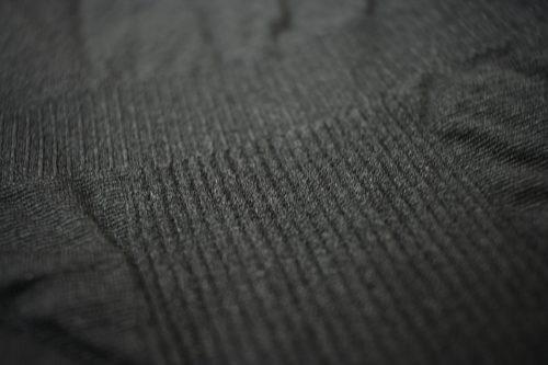 肉体改造加圧シャツ金剛筋シャツの加圧部分
