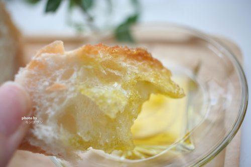 本物のエキストラバージンオリーブオイルフシコスをパンにつけて食べてみた