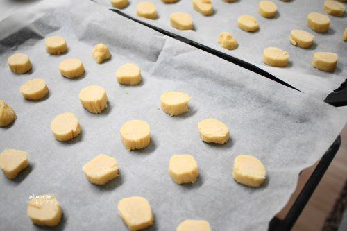 焼く前のショートニングを使ったサクサククッキー