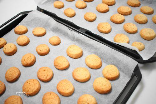 ショートニングを使ったサクサククッキーの焼き上がり