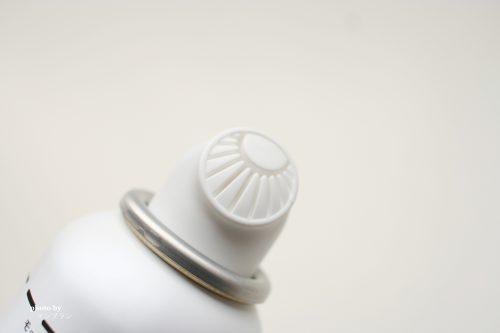伸びる泡の洗顔料のモッチスキンの出し口
