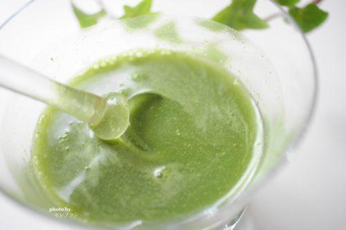 冷水でも簡単に溶けるスカルプDノコギリヤシ青汁