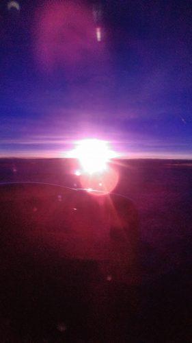 ケアンズ旅行記飛行機から見た日の出