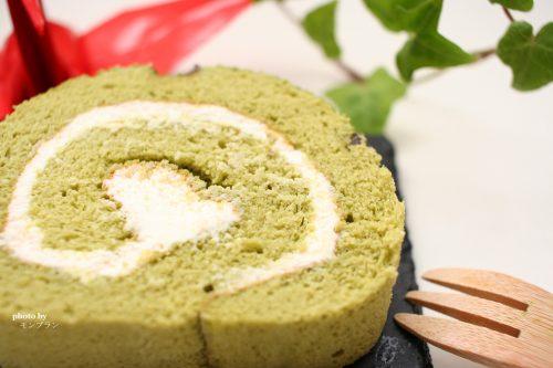 ギフトにもおすすめな伊藤久右衛門の宇治抹茶ロールケーキ