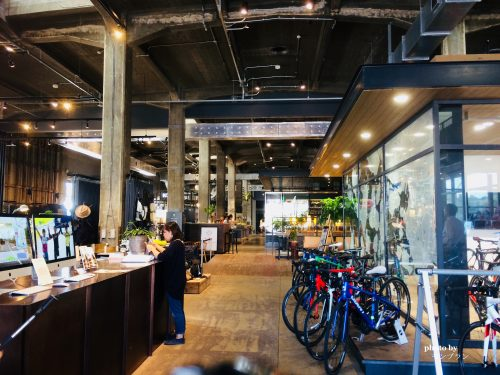 ONOMICHI U2カフェの店内