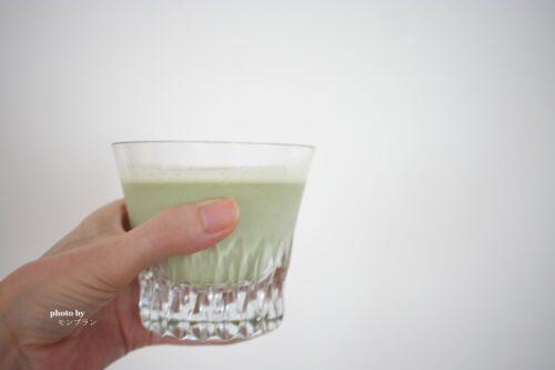 マルチプロテイン塩抹茶は牛乳との相性抜群